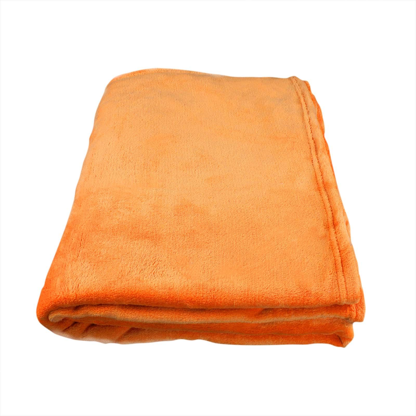 Flauschige kuscheldecke wohndecke 150x200cm uni for Riesen couch